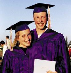 graduating couple
