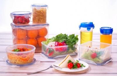 tupperware plastic food container