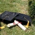 https://www.sxc.hu/pic/m/a/ap/aprilbell/1326285_graduation_2.jpg