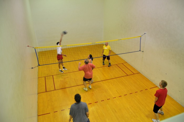 Volleyball + Raquetball = Wallyball